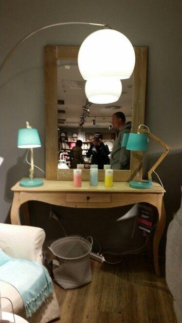 Décoration d\u0027intérieur - chambre - coiffeuse - luminaire - maison du