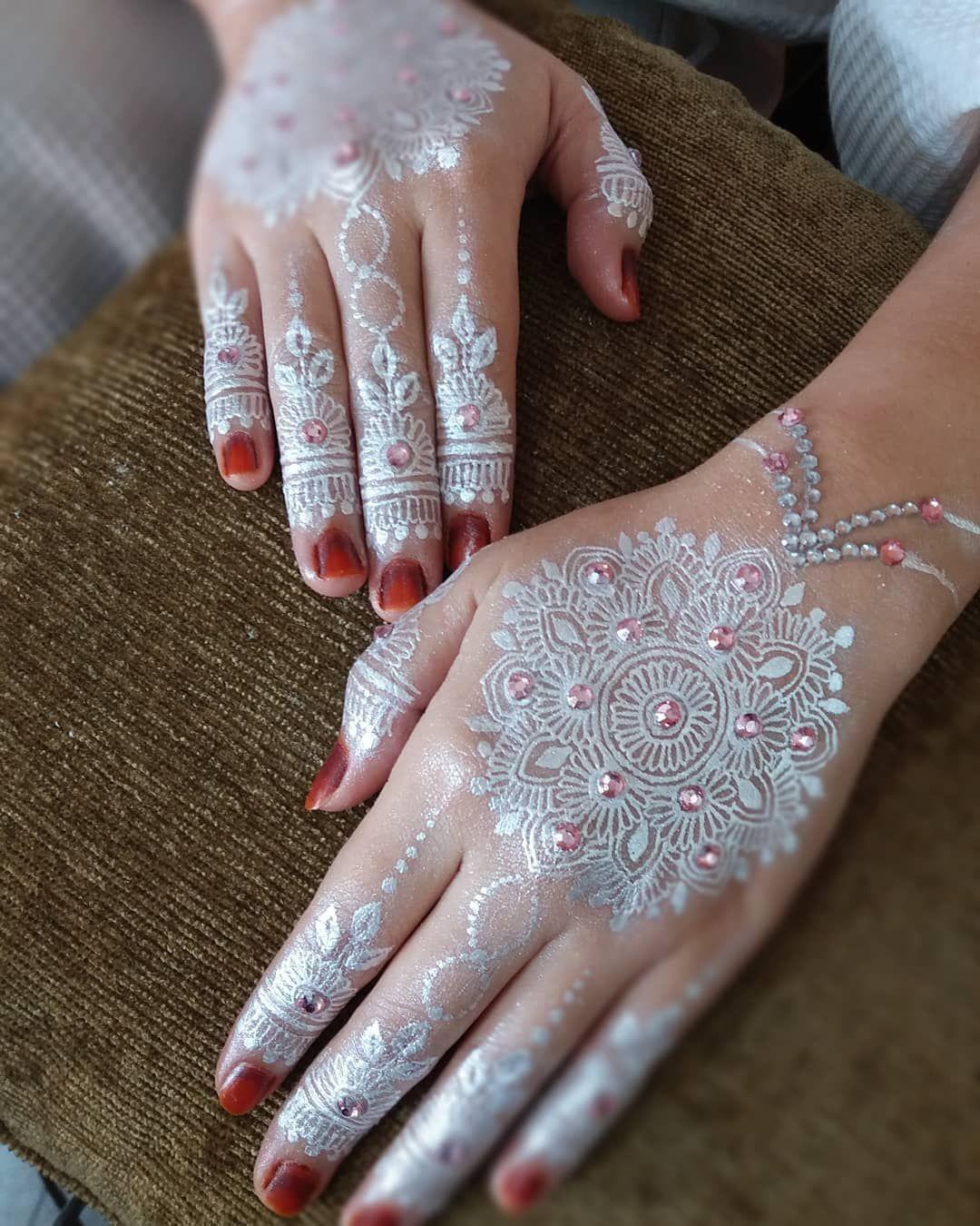 Profesional Henna Pengantin By Siscasyahenna Siscasyahenna
