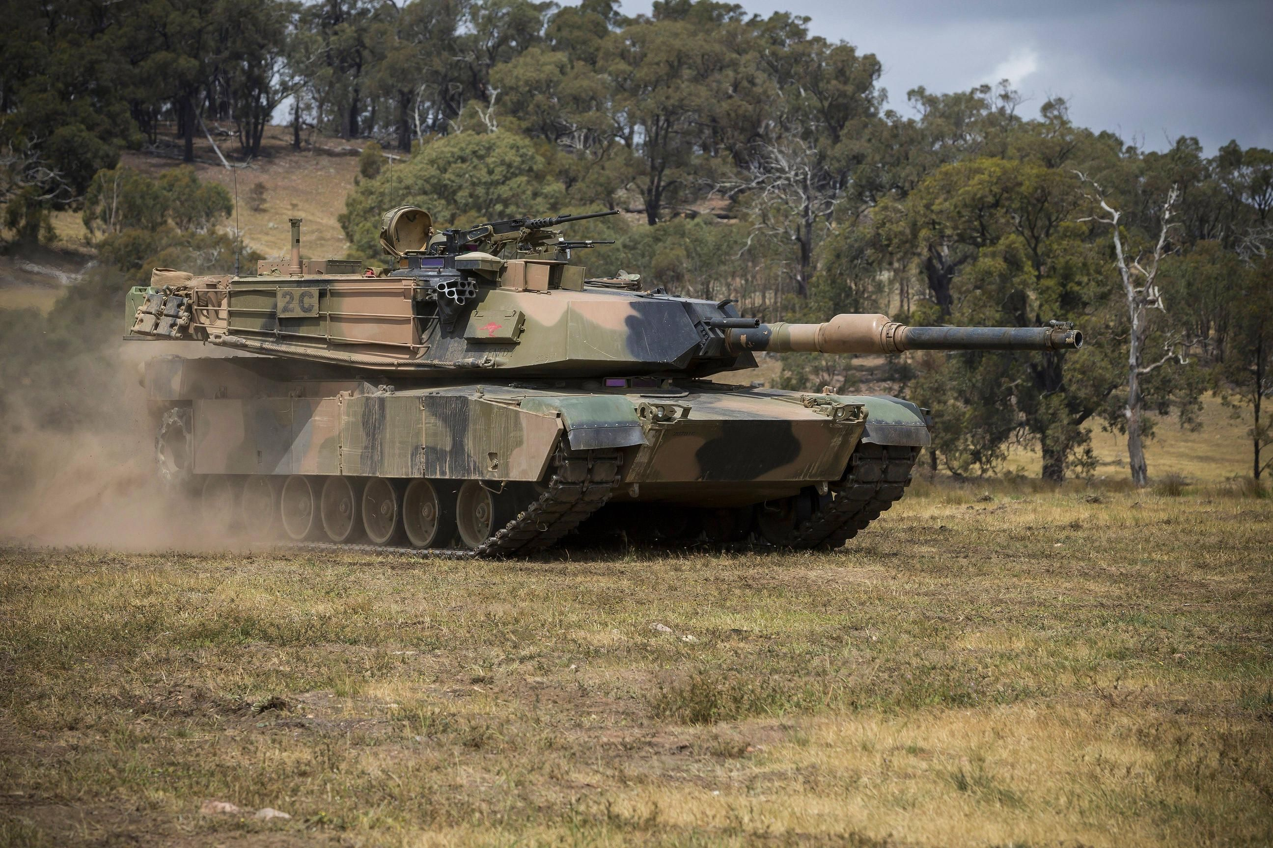 вся композиция фото танка абрамс возраст сорок