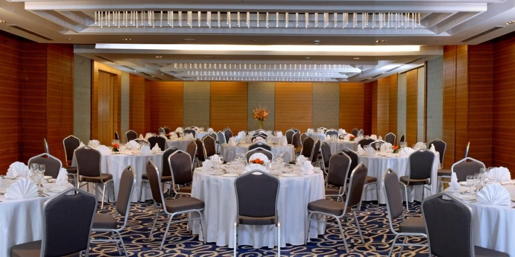 Banquet Hall In Four Points By Sheraton Jaipur Luxury Hotel Top Luxury Hotels Hotel