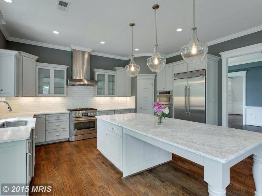 kitchen island: Kitchen Island Eat In Traditional With Large ...