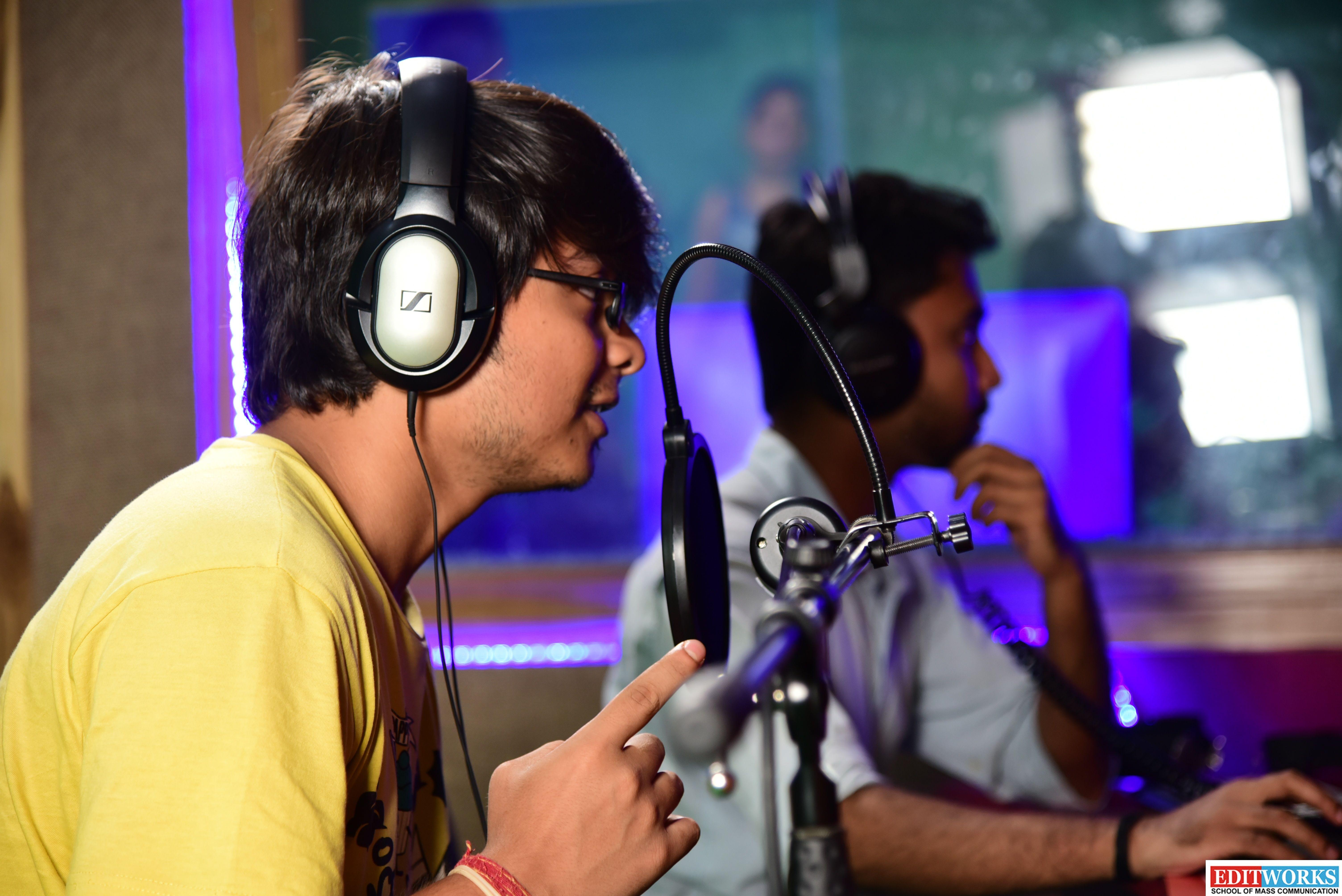 VoiceMonk Recording Studio is the Best Recording Studio in