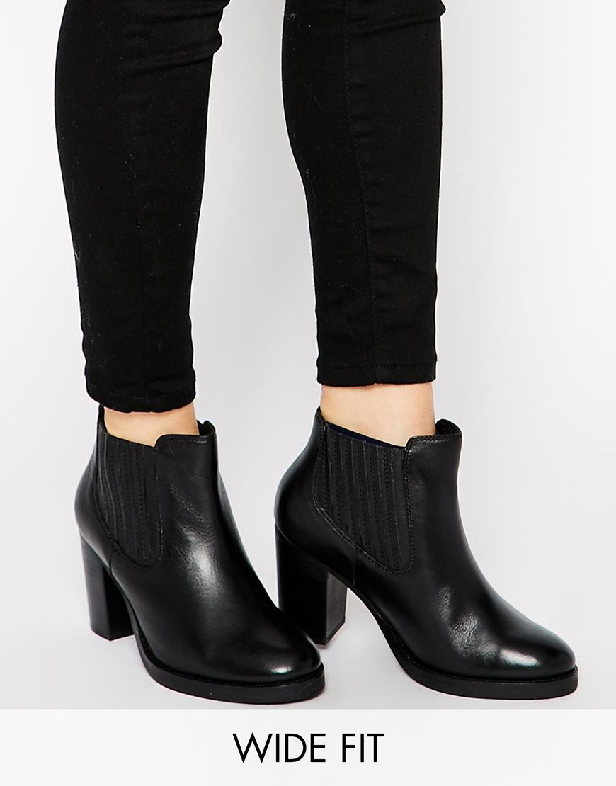 1000  images about Winter Boots Edit on Pinterest | Flat chelsea ...