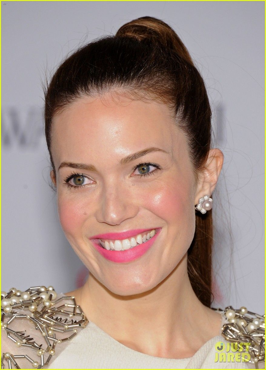 Mandy moore does modern femininity best for the home mandy moore hot pink lip for wedding makeup baditri Image collections