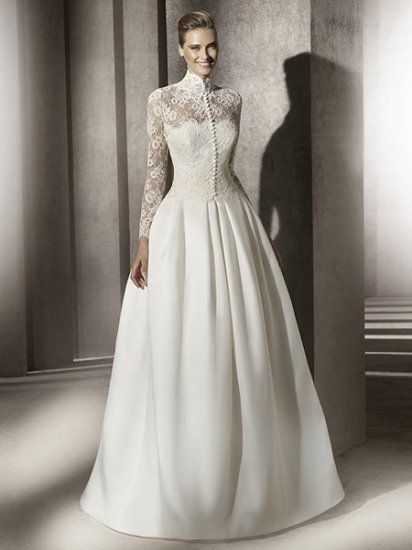 High Collar Long Sleeves Lace Satin Wedding Dress Ons Down Front If This Could De Tach Somehow It Would Be Absolutely Gorgeous