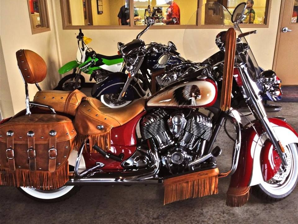 2014 Indian Chief Vintage With Custom Paint Indian Motorcycle Indian Motorcycle Art Indian Chief Bike