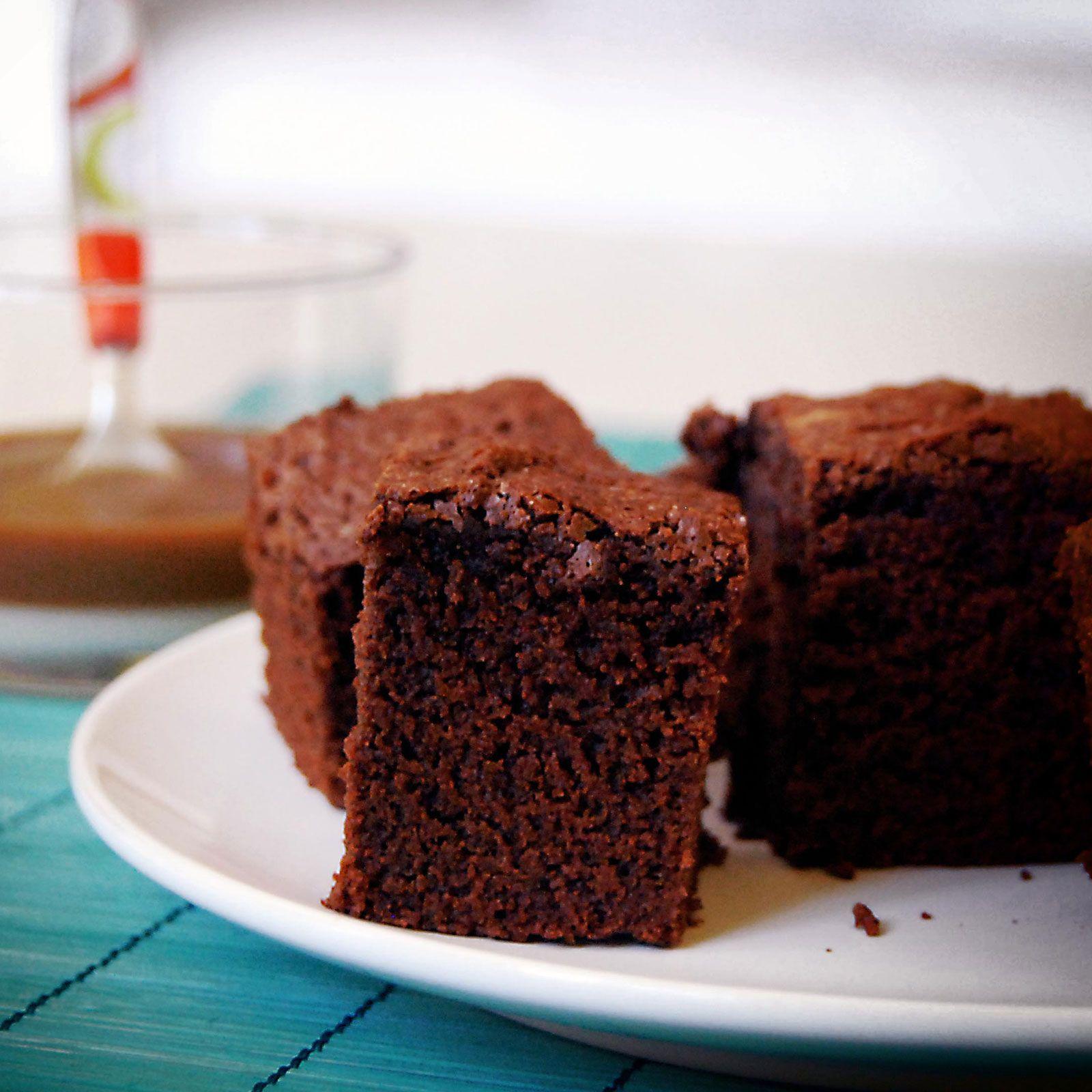 Gâteau au chocolat ultra-rapide   Recette   Gateau ...