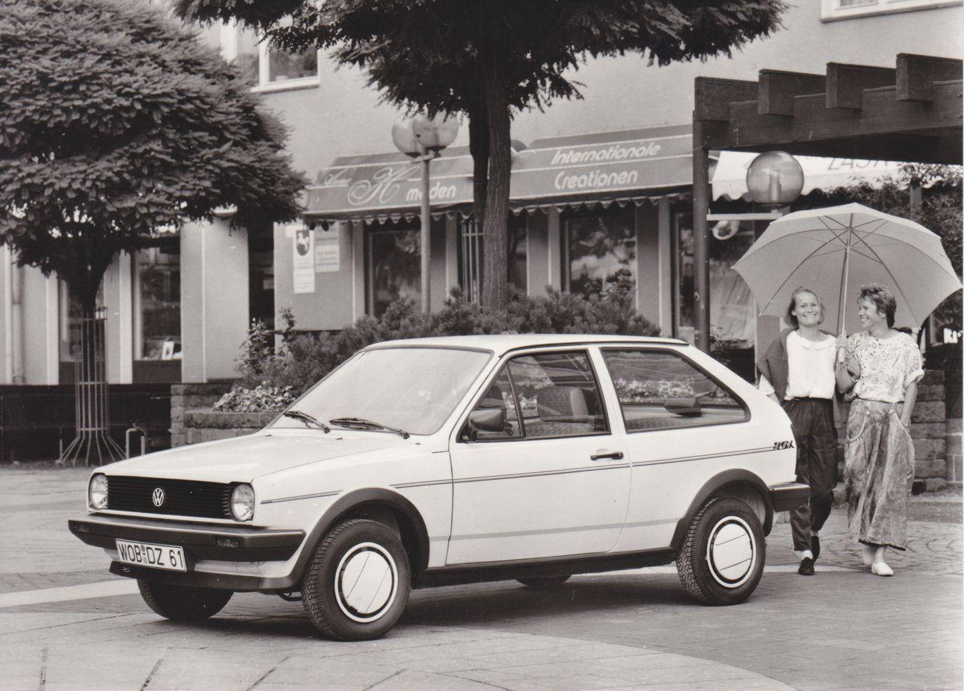Volkswagen Polo Coupé Fox (1988) #VolkswagenPolo