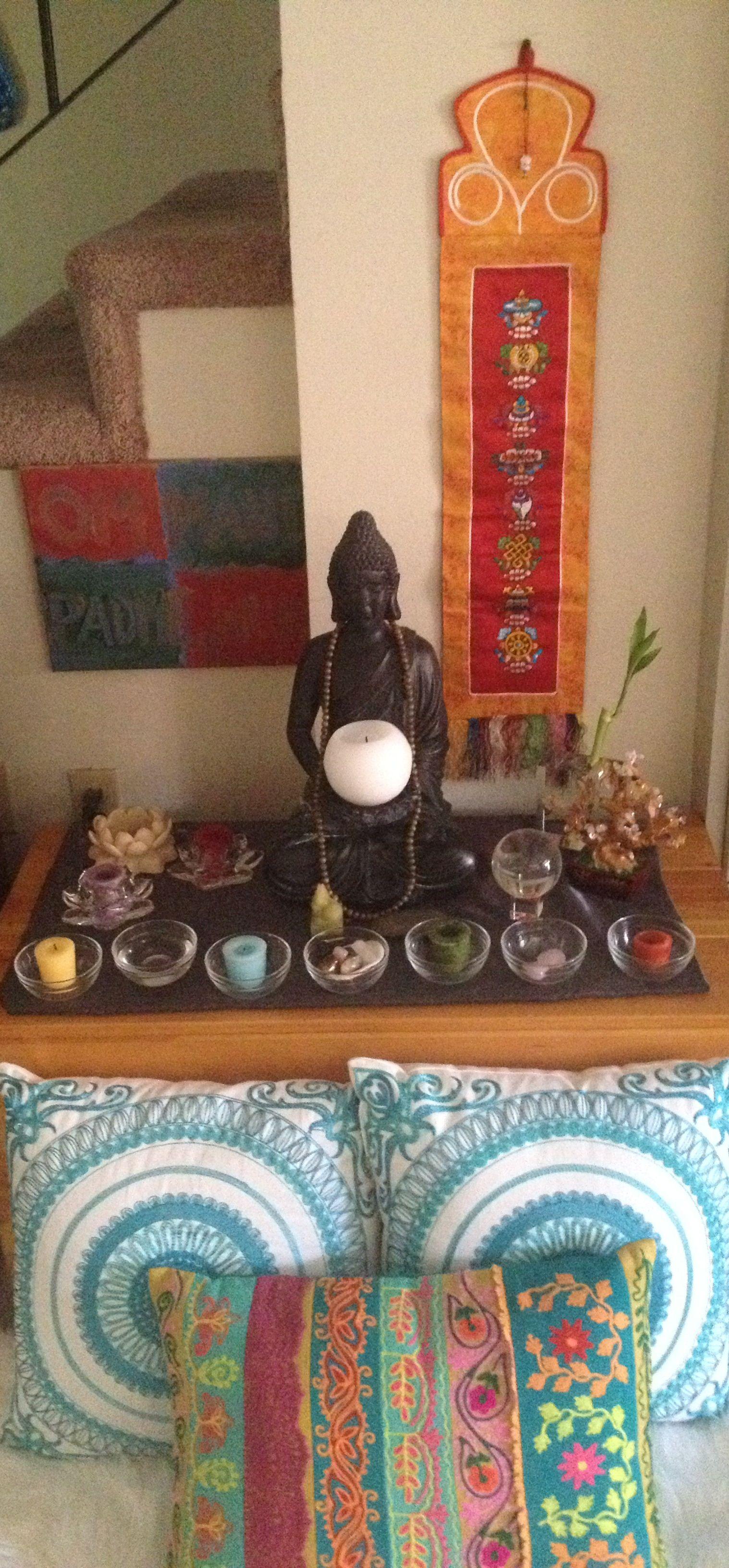 Small meditation space lugar en casa para meditar - Hacer meditacion en casa ...