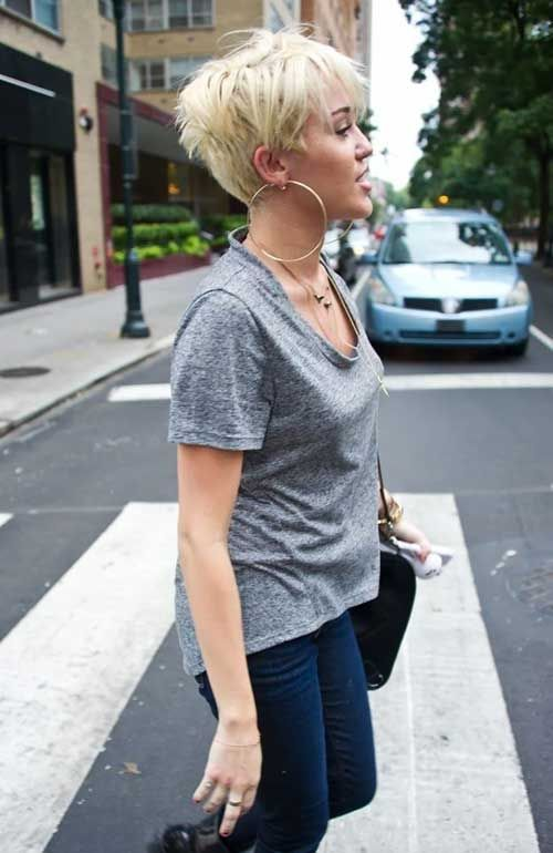 Strange Check Out These 15 Messy Pixie Cuts From Short Hairstyles Hairstyle Inspiration Daily Dogsangcom