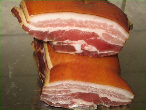Økologisk røget bacon....sundt og lækkert. Levering til København.