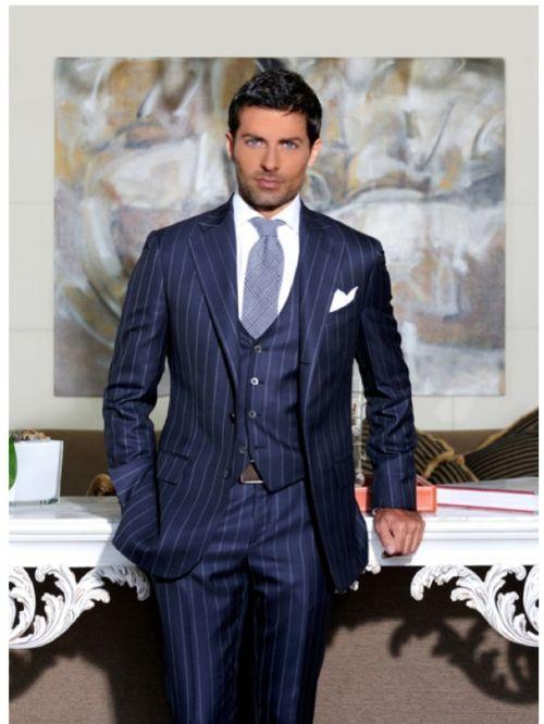 Pretty good looking 3-piece pin stripe suit. | IL homme du le ...