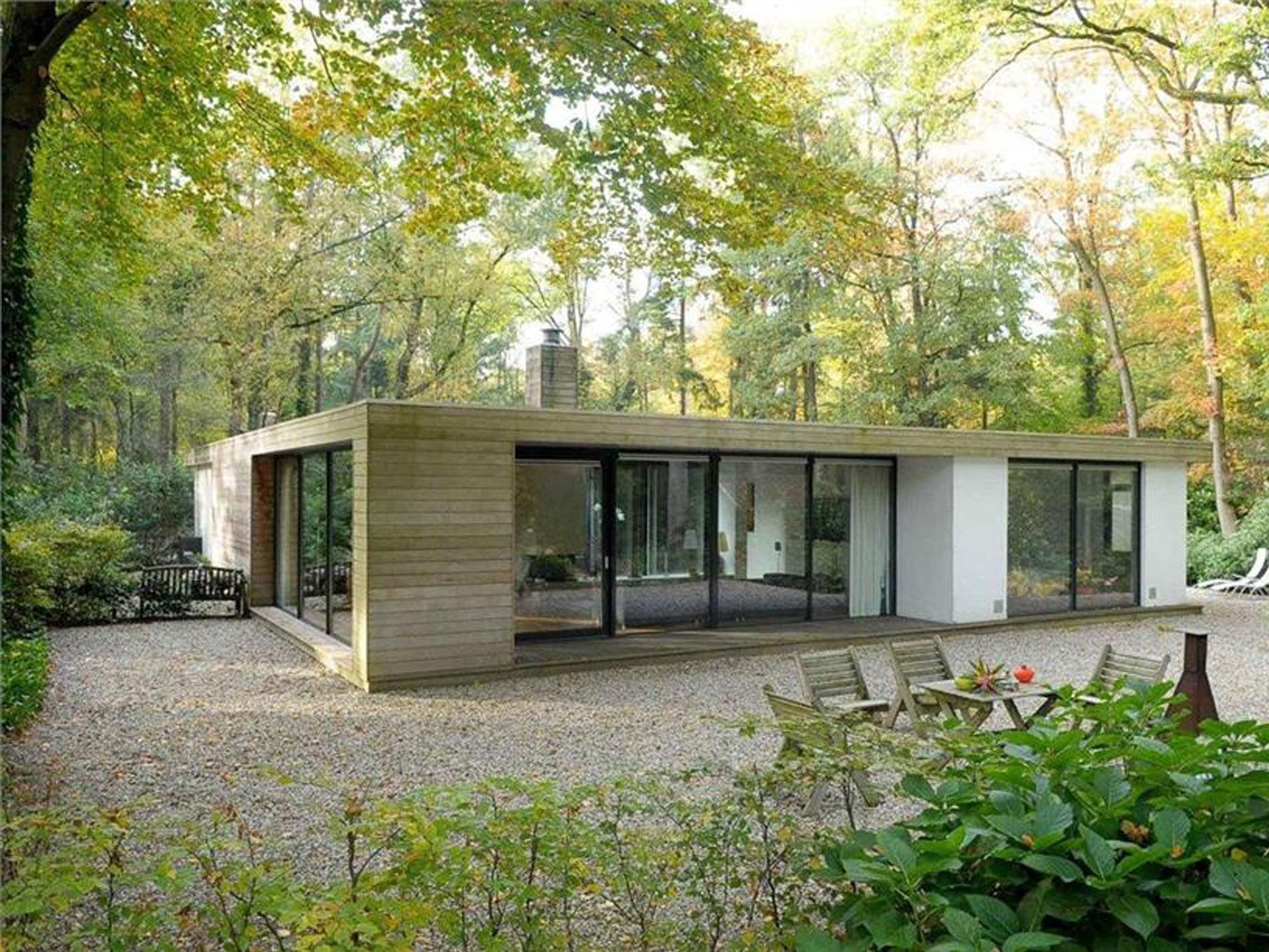 Maas architecten transformatie patiowoning epse for Moderne bungalow architectuur