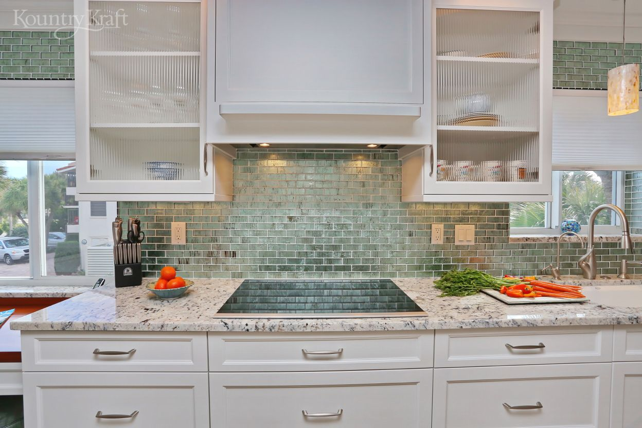 Custom Transitional White Cabinets In Venice Florida Custom Kitchen Cabinets Kitchen Cabinets White Cabinets