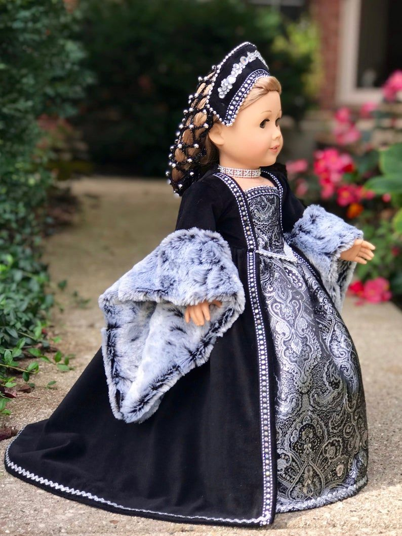 Catherine of Aragon - historic tudor style outfit for 18 inch doll like American Girl #dolldresspatterns Catherine of Aragon historic tudor style outfit for 18 inch | Etsy #18inchdollsandclothes