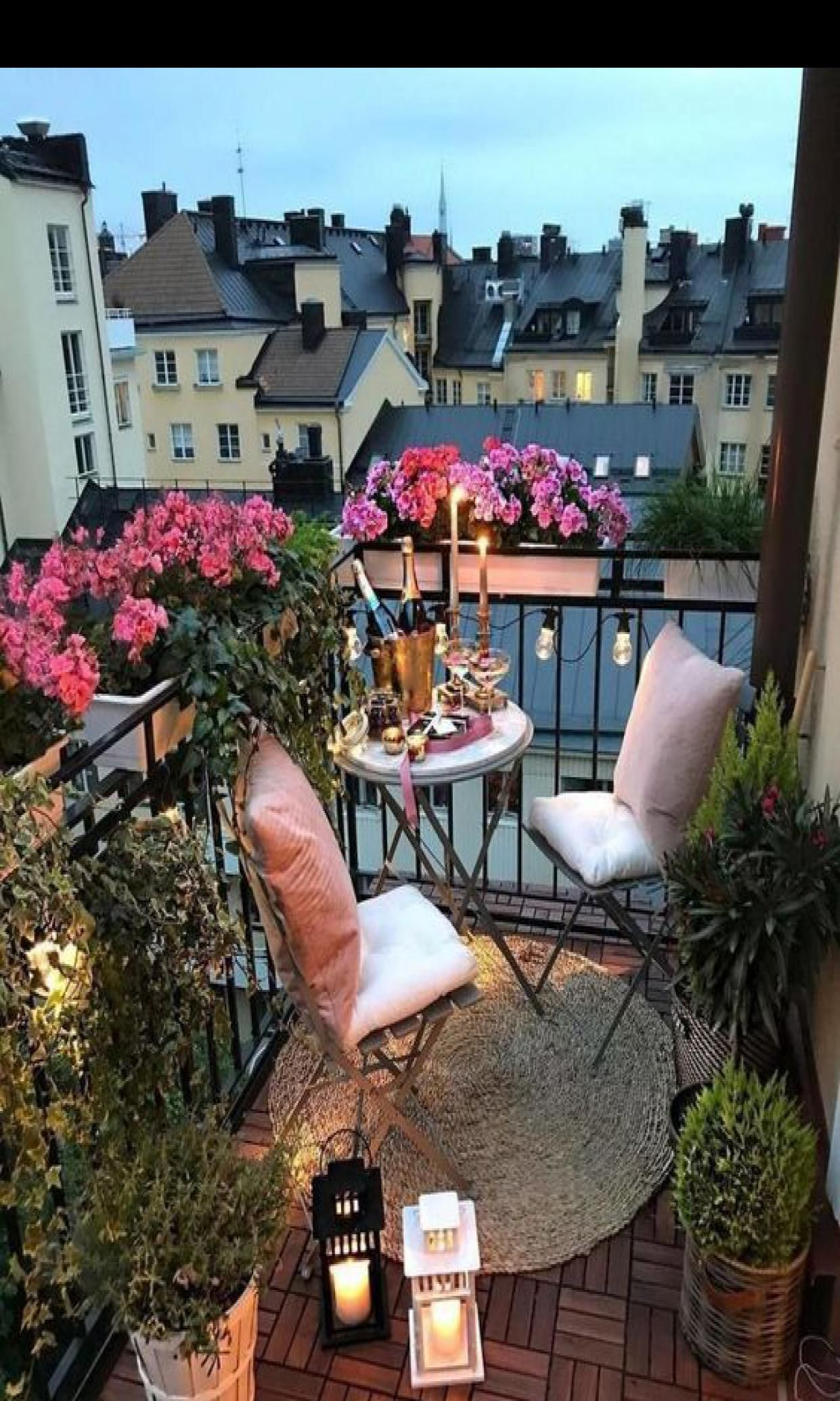 46 Elegant Evergreen Vines Home Decor Ideas