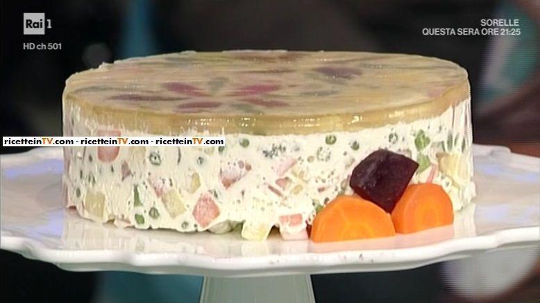 """La ricetta dell'insalata russa di Luisanna Messeri del 9 marzo 2017, a """"La prova del cuoco""""."""