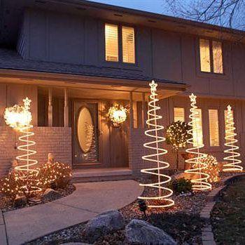 Decoraci n de navidad para jardines y patios 40 fotos e - Decoracion navidad exterior ...