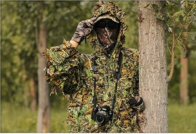 f620bdb5f8ff3 Hunting Ghillie Suit 3D Camo Bionic Leaf Camouflage Jungle Woodland  Birdwatching Poncho Manteau Hunting Clothing Durable