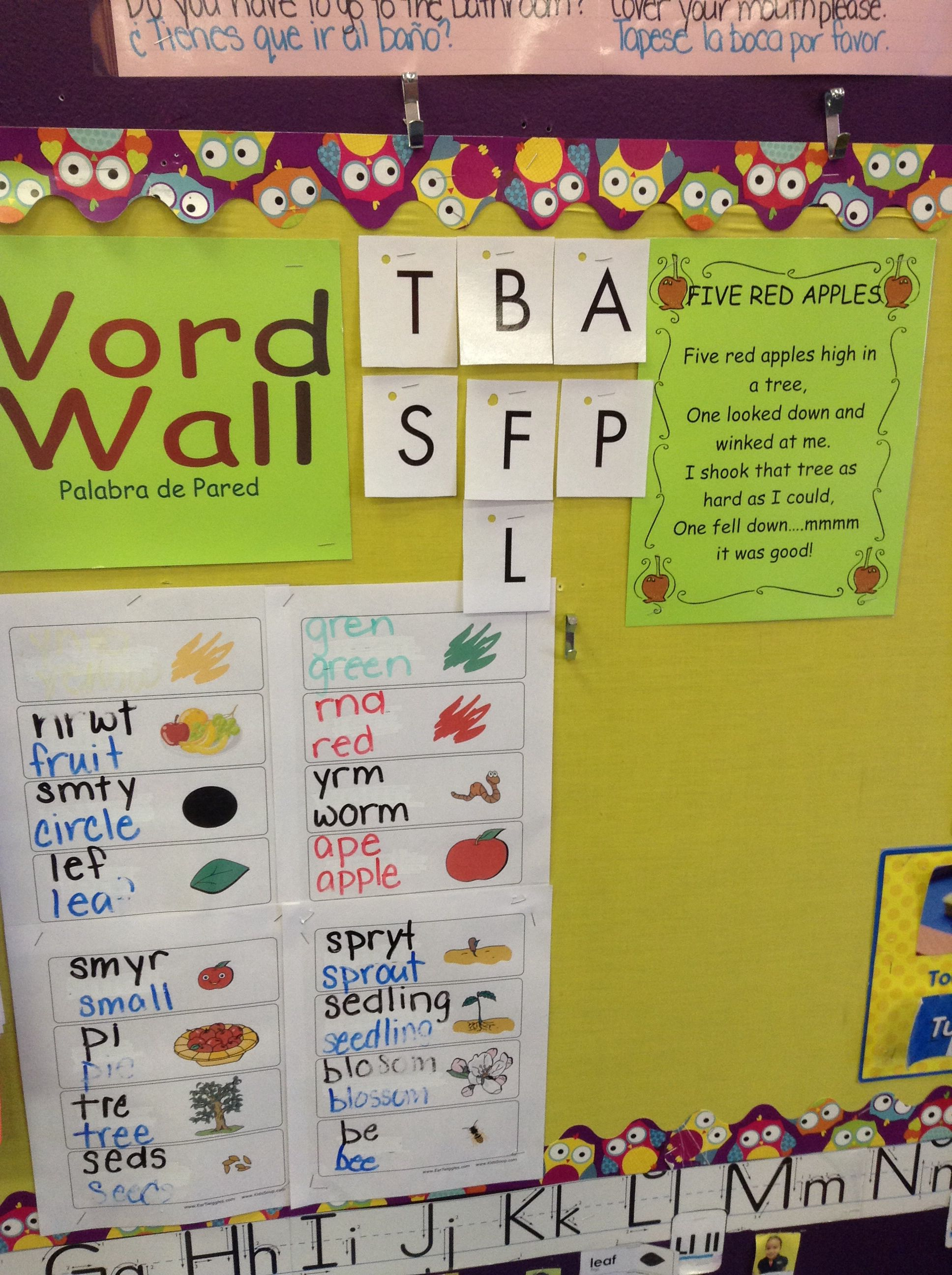 Using inventive spelling to create an apple word wall. | Preschool ...