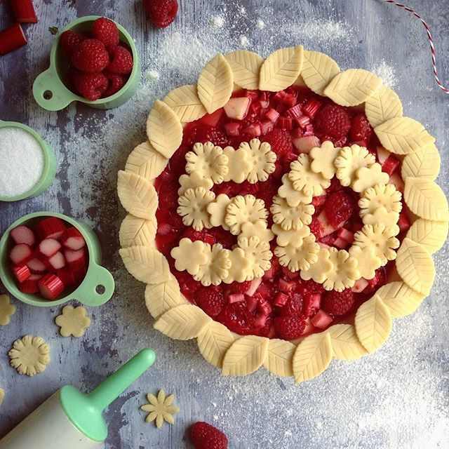 Pie Crust Art What A Cool Way To Celebrate Birthday