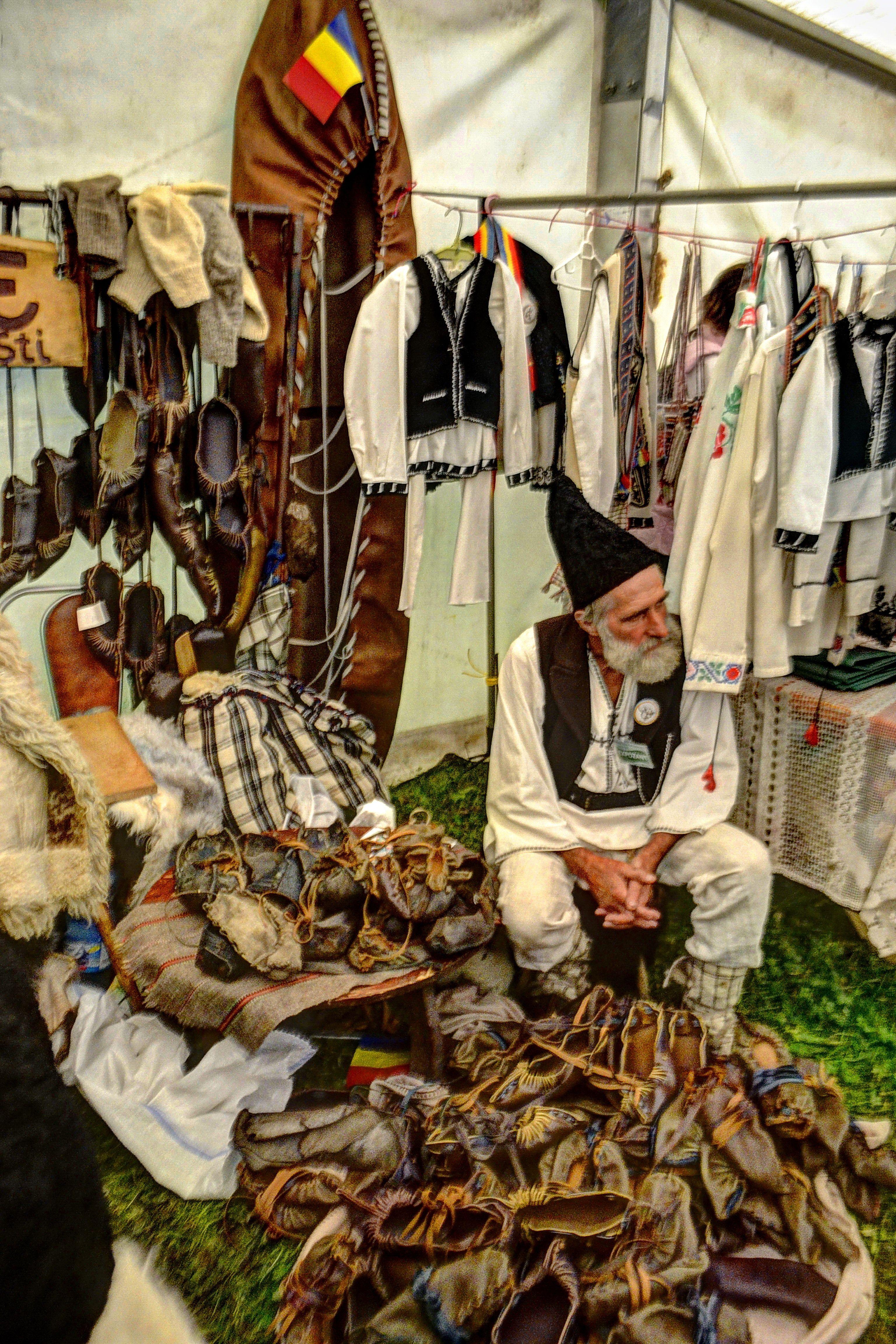 traditional leather shoe maker Romania www.romaniasfriends.com