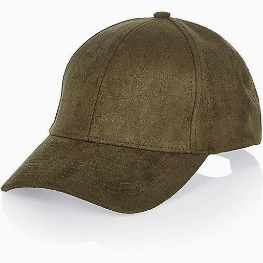 A cap in khaki AND s #underarmour #underarmourmen #underarmourfitness #underarmourman #underarmoursportwear #underarmourformen #underarmourforman