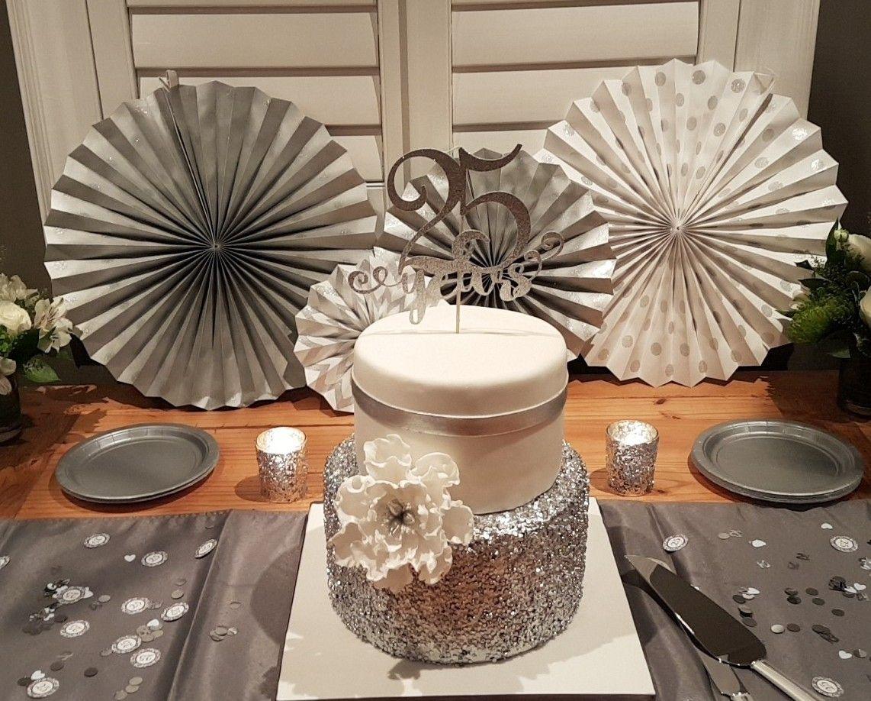 Beautiful 25th anniversary cake | 25th anniversary party ...