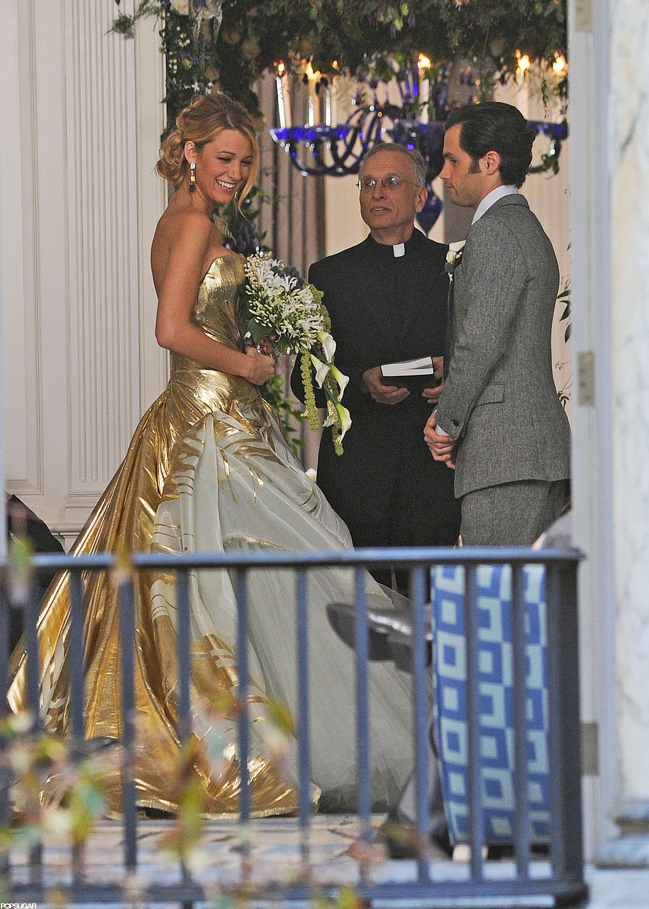 See Blake Lively S Wedding Dress On Gossip Girl Gossip Girl Wedding Blake Lively Wedding Dress Gossip Girl Fashion