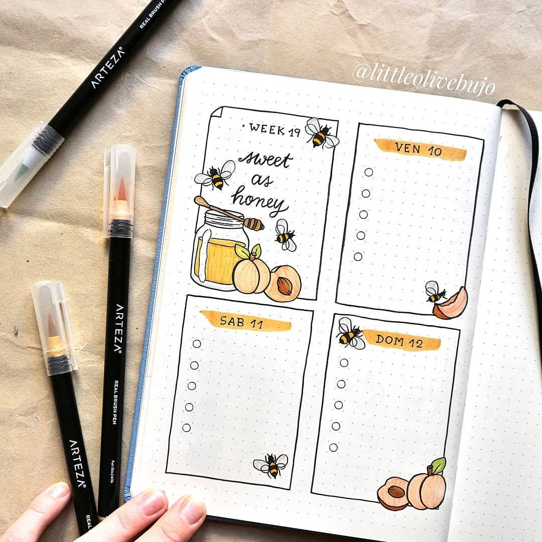 Open up your #journal and smile as you admire the bright and colorful design you've made. ???? #augustbulletjournal