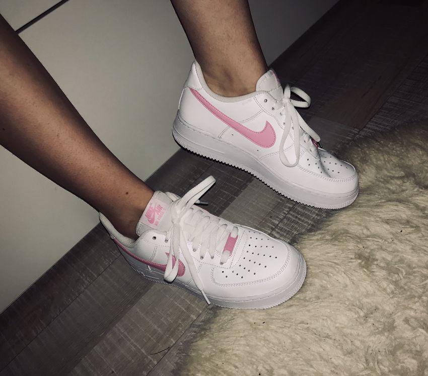 Nike Airforce 1 sneakers pink white | Pink nike shoes, Nike