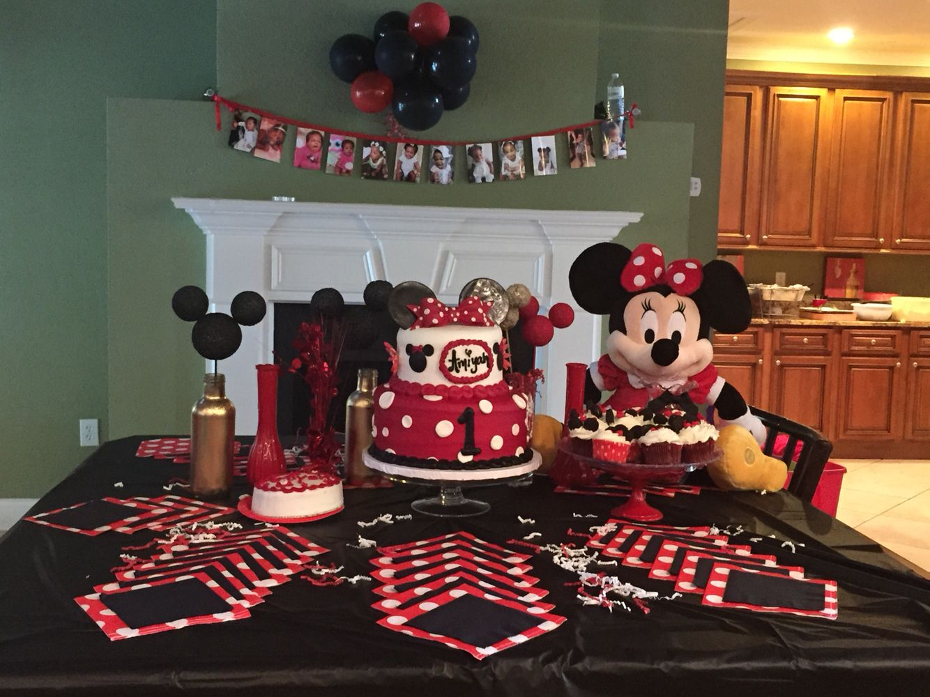 Minnie Mouse Red Gold Black White theme for my babys first
