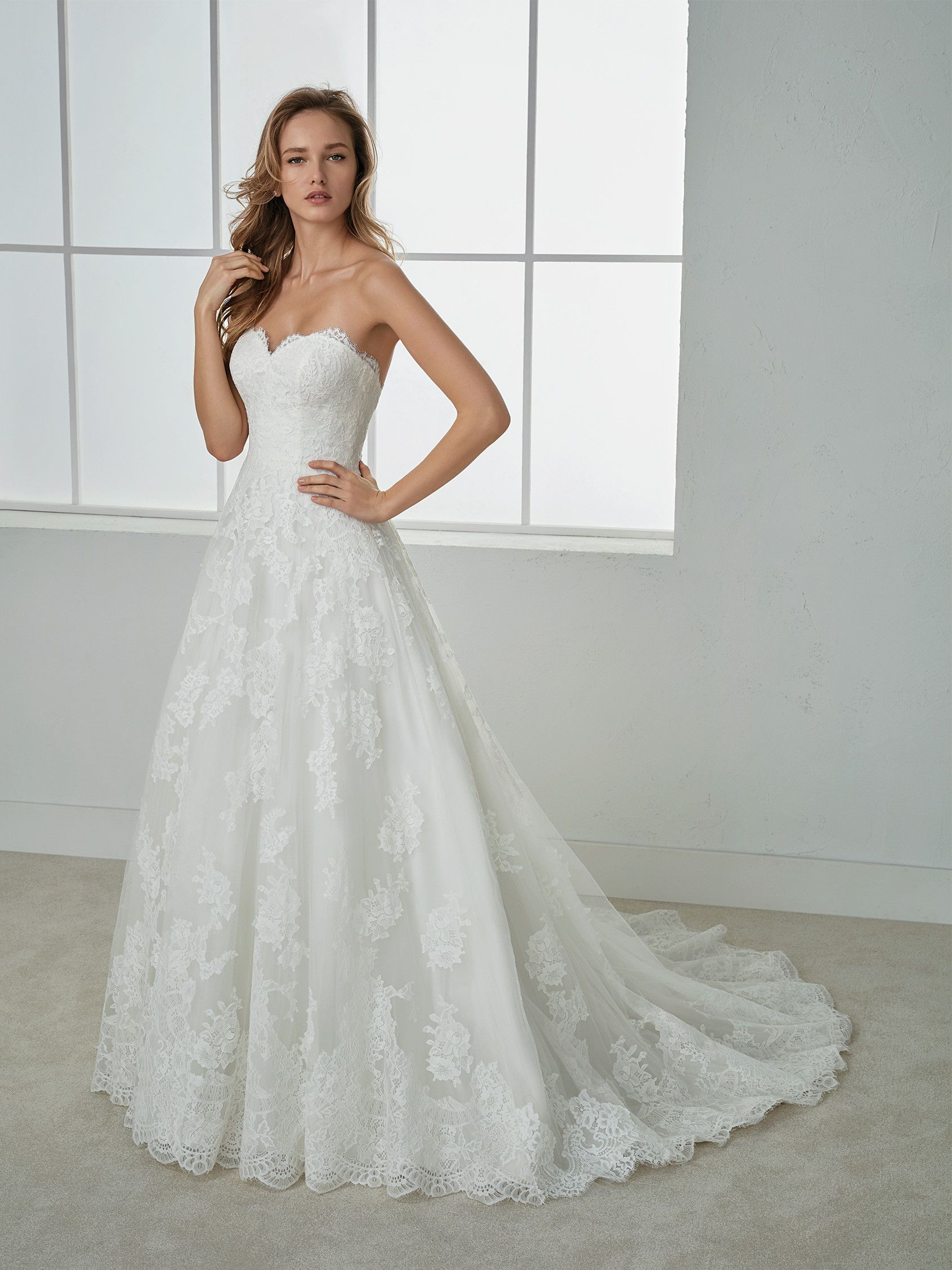 Pin by Marguerite Thompson on Say yes to the dress | Pinterest ...