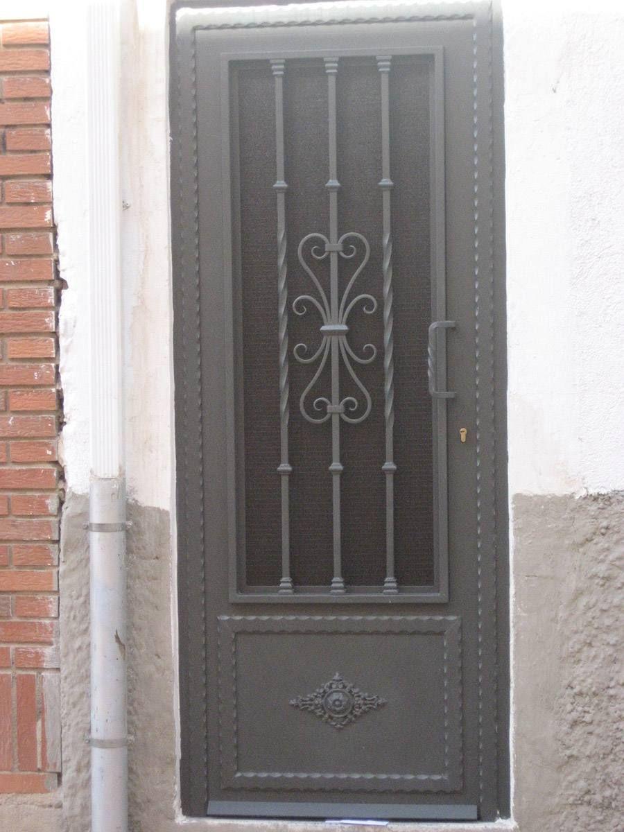 Puertas De Hierro Modernas Y De Forja Con Modelo De Puertas De Hierro E 015 Pue Modelo De Puertas De Hierro 900x1200px Remodel Image Decor