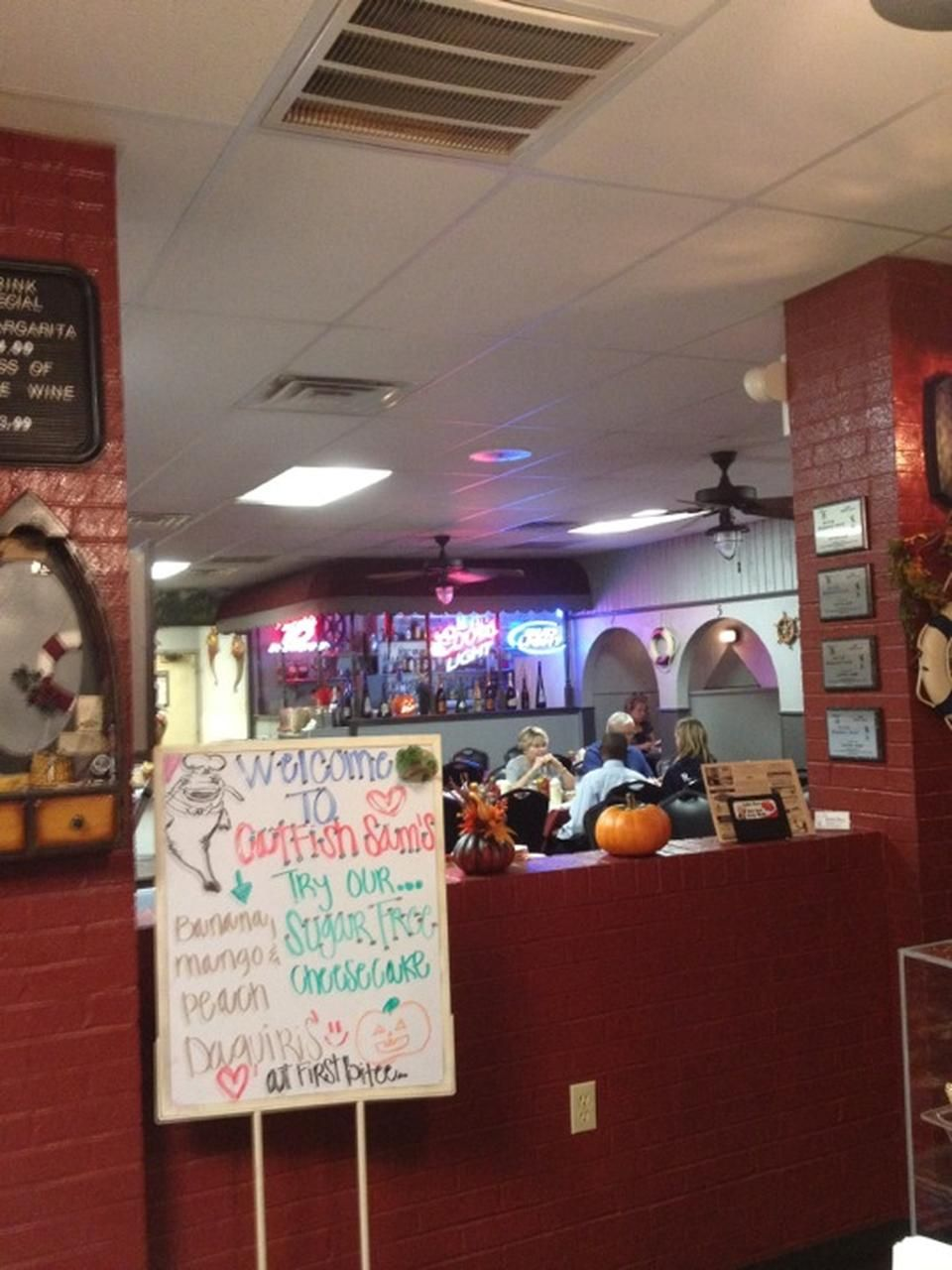 Catfish Sam S Seafood Restaurant In Arlington