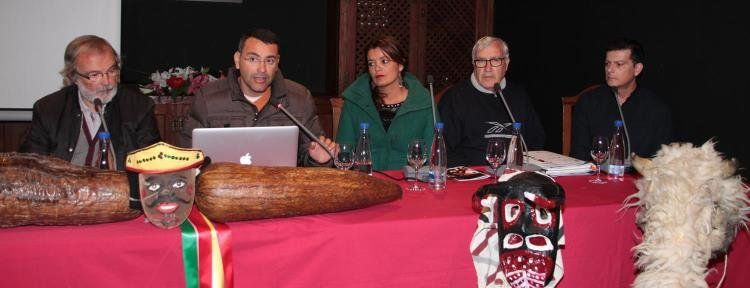 Grupo Mascarada Carnaval: La Casa Museo del Timple celebró la primera mesa s...