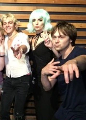Ross and Rydellington