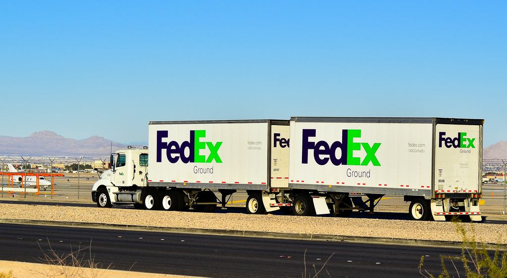 Fedex Ground With Images Freightliner Grounds University Of