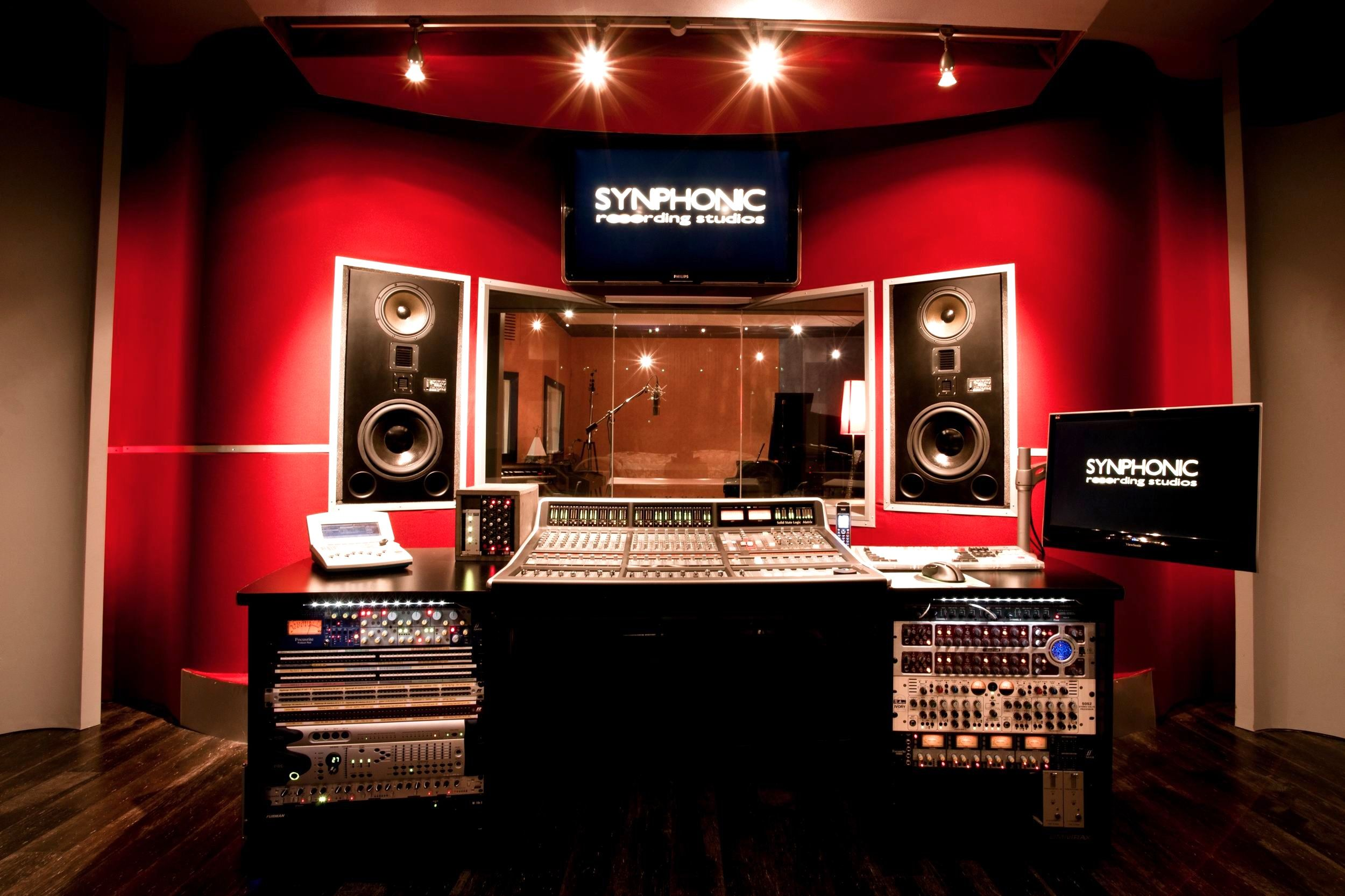 Synphonic studios switzerland cool recording studios for Good house music