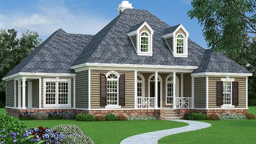 A+columned+front+porch+leads+directly+into+a+gracious ...