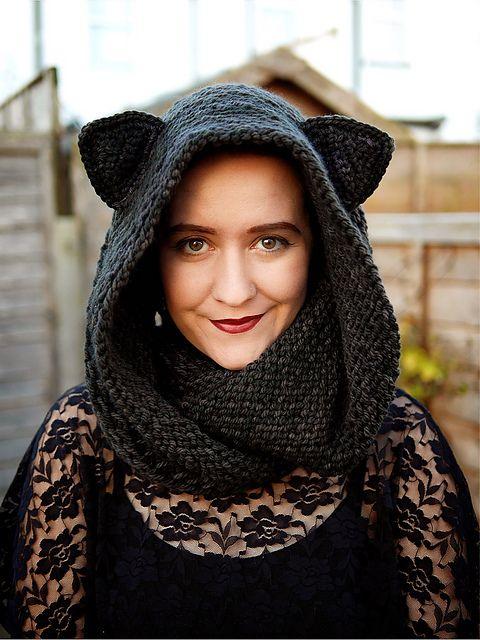 Ravelry: LilyAnneva's Giant Cat Ear Cowl for Kait