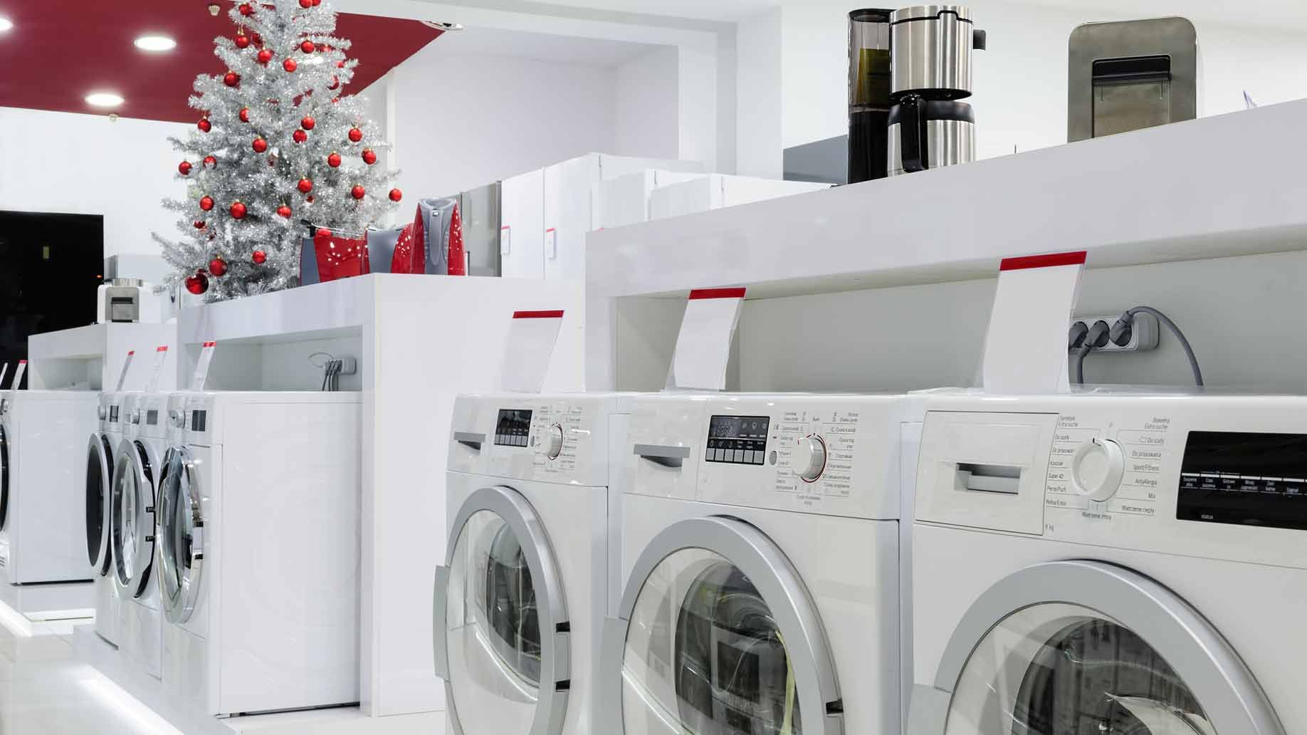 When Is the Best Time of Year to Buy Large Appliances