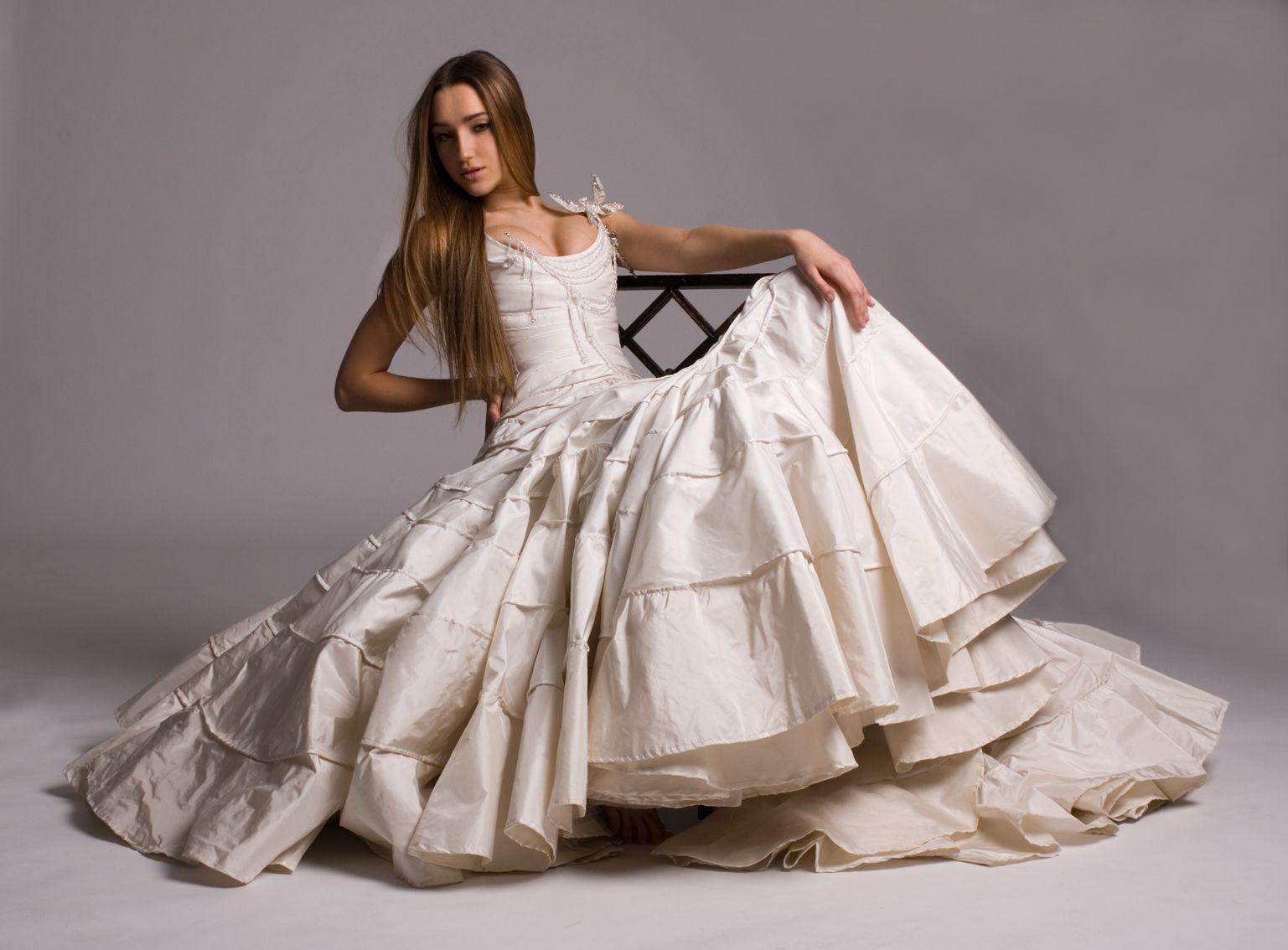 Remshardt #Boho #Wedding #Couture #Wunschbrautkleid #Hochzeit ...