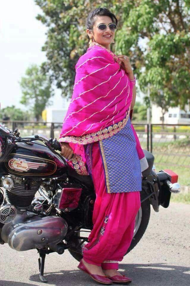 Pin de sidhu gagan en punjabi suit | Pinterest