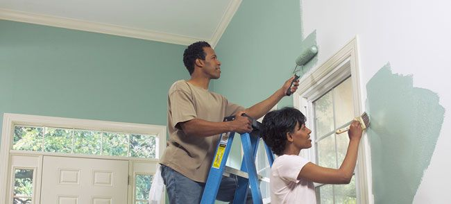 How to Paint a Room - Lowe's gives you some tips and tricks to make the
