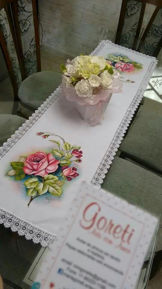 Camino de mesa pintado a mano sobre tela pintura en - Pintura en tela motivos navidenos ...