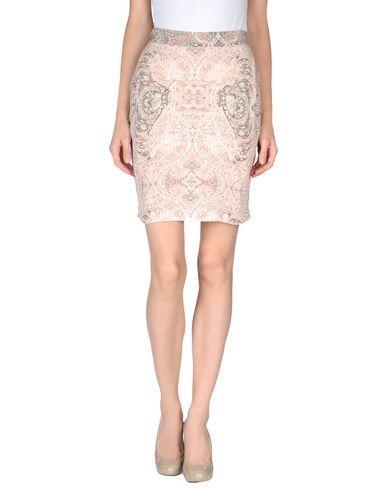 SEE BY CHLOÉ Knee Length Skirt. #seebychloé #cloth #skirt