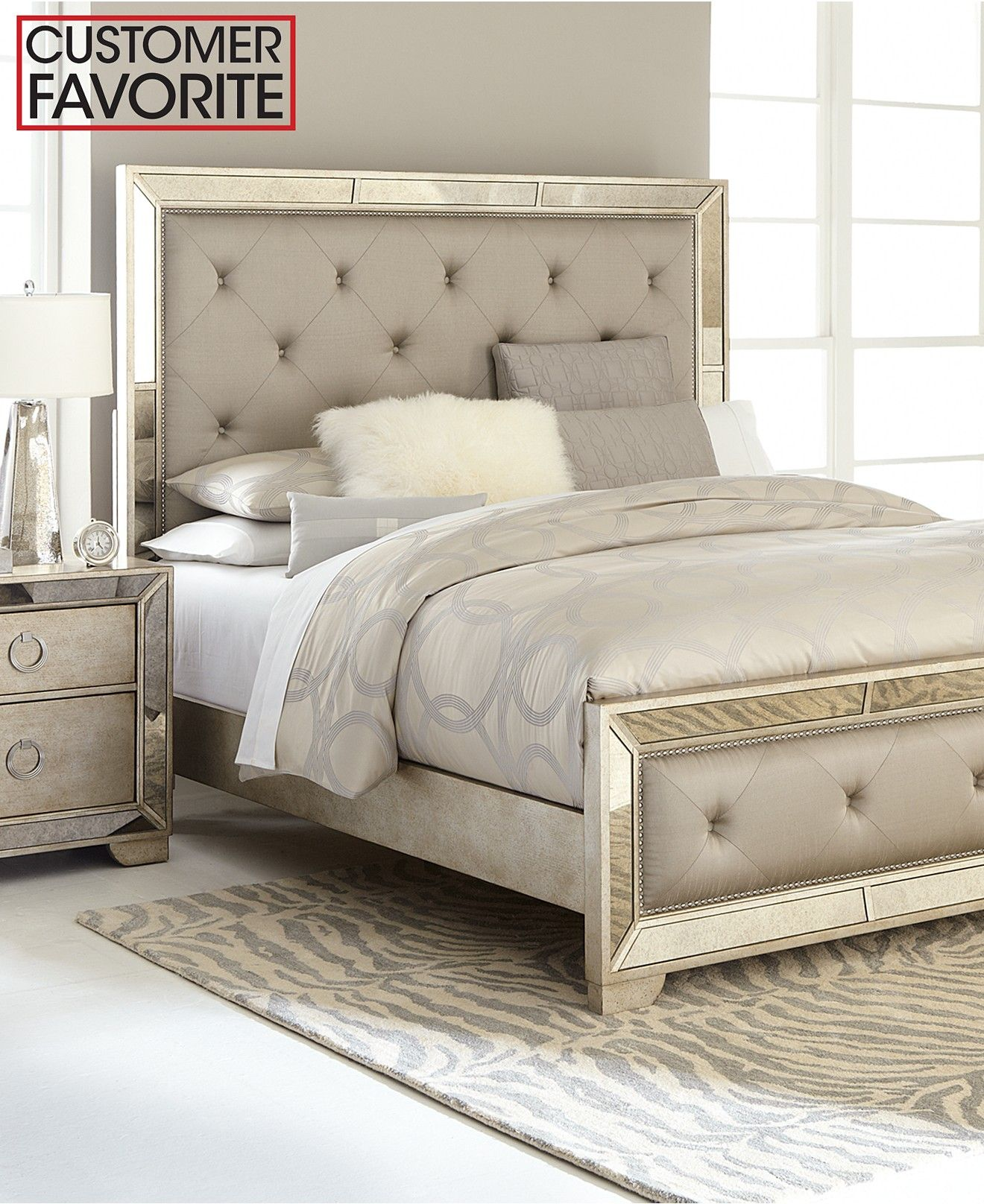 Ailey Queen 3 Pc Bedroom Set Bed Nightstand Dresser