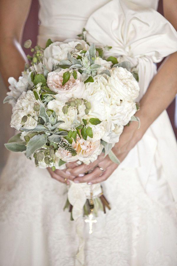 bridal bouquet.  love the pastels!