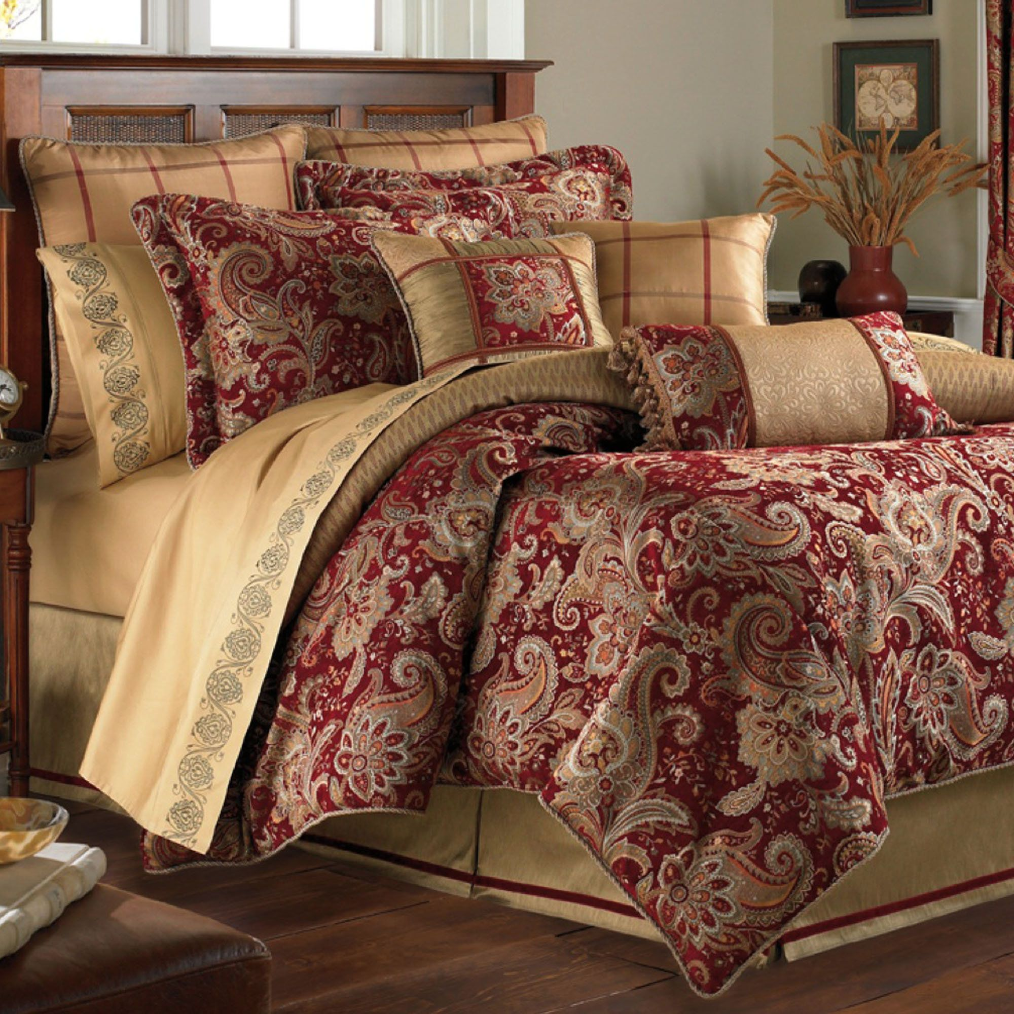 Paisley Mystique forter Bedding Sets by Croscill Touch of class